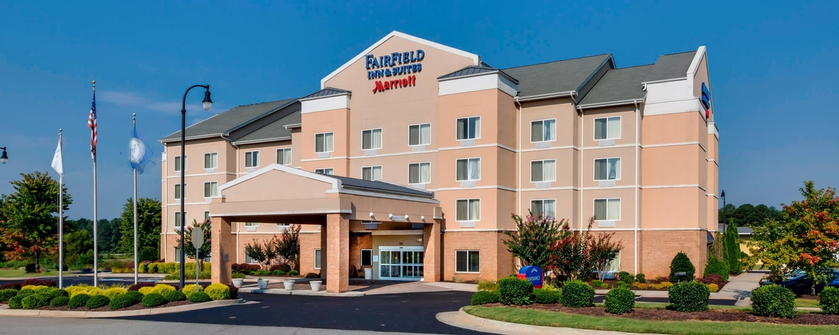 Hotels Near Fairfield Va