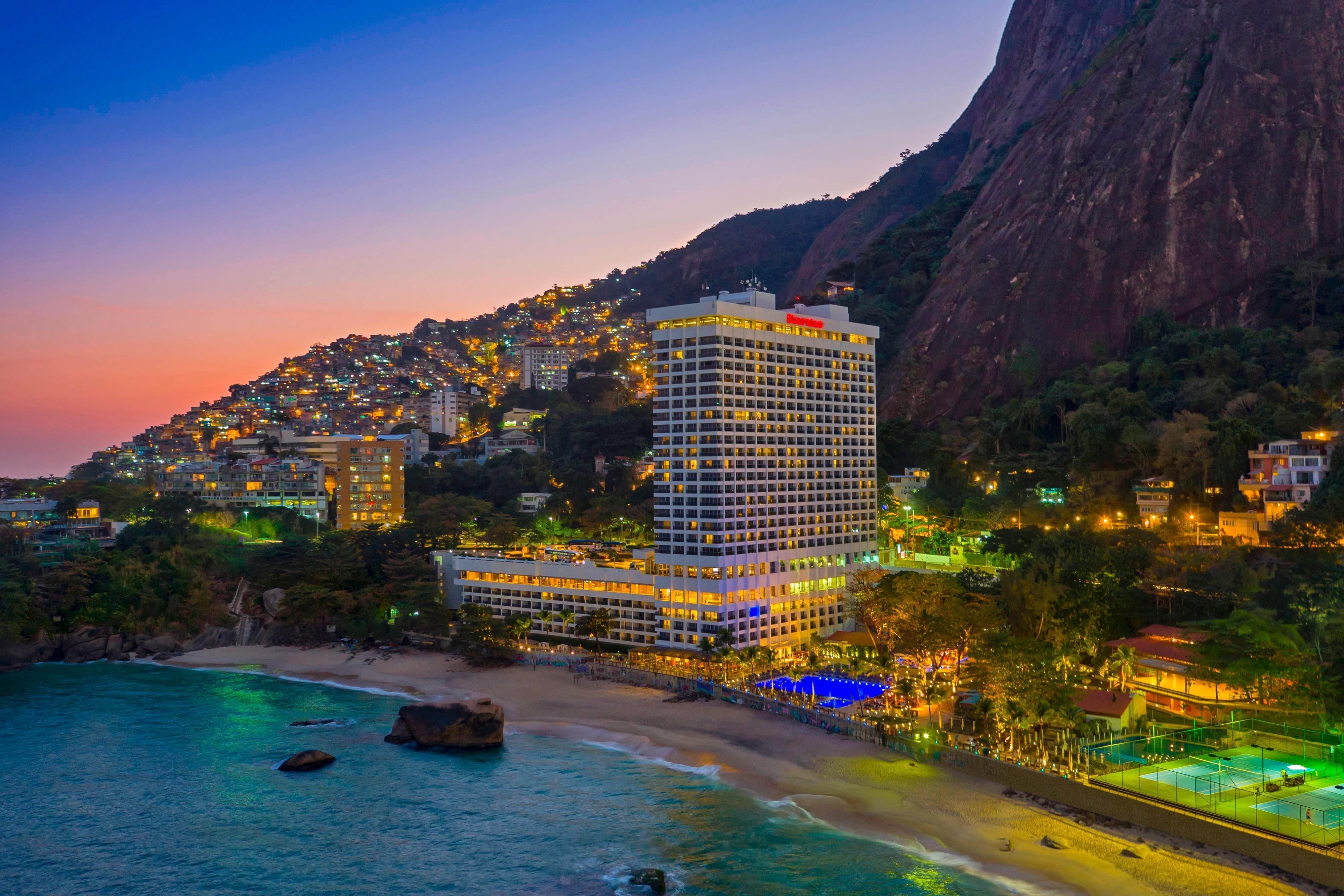 Внешний вид курортного отеля