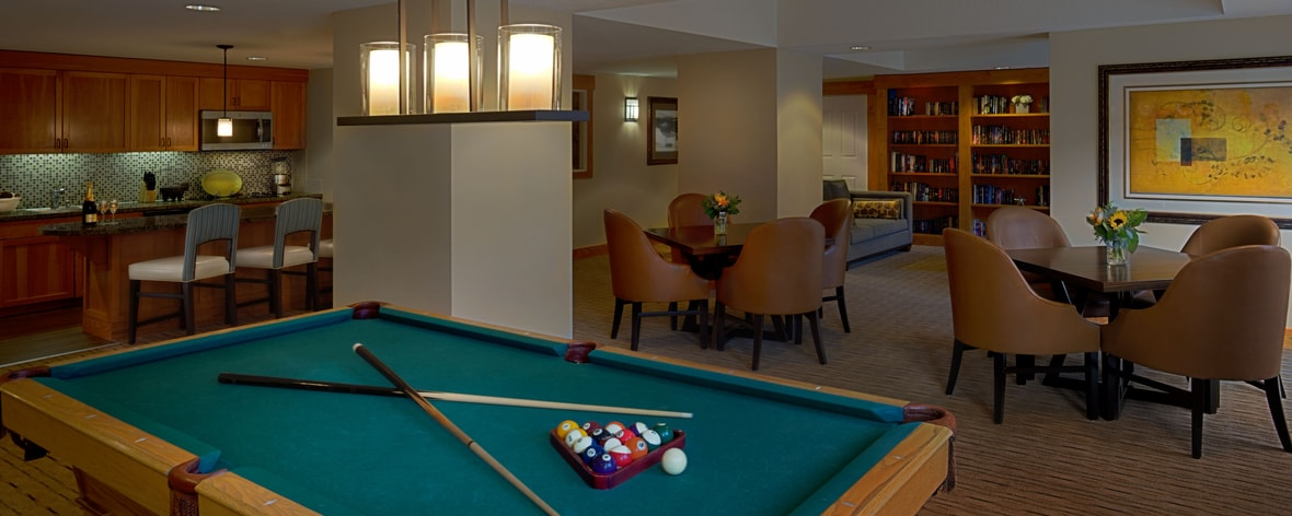Billard in der Lounge