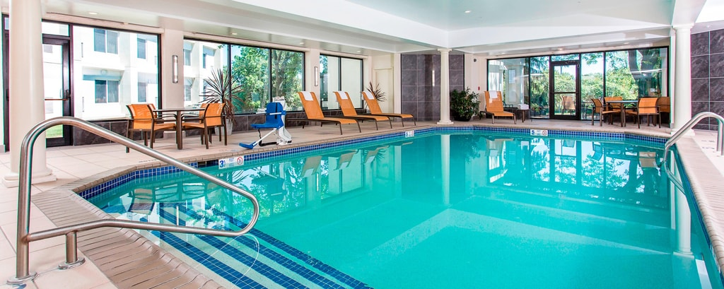 Rochester NY Hotel Indoor Pool | Rochester Airport Gym
