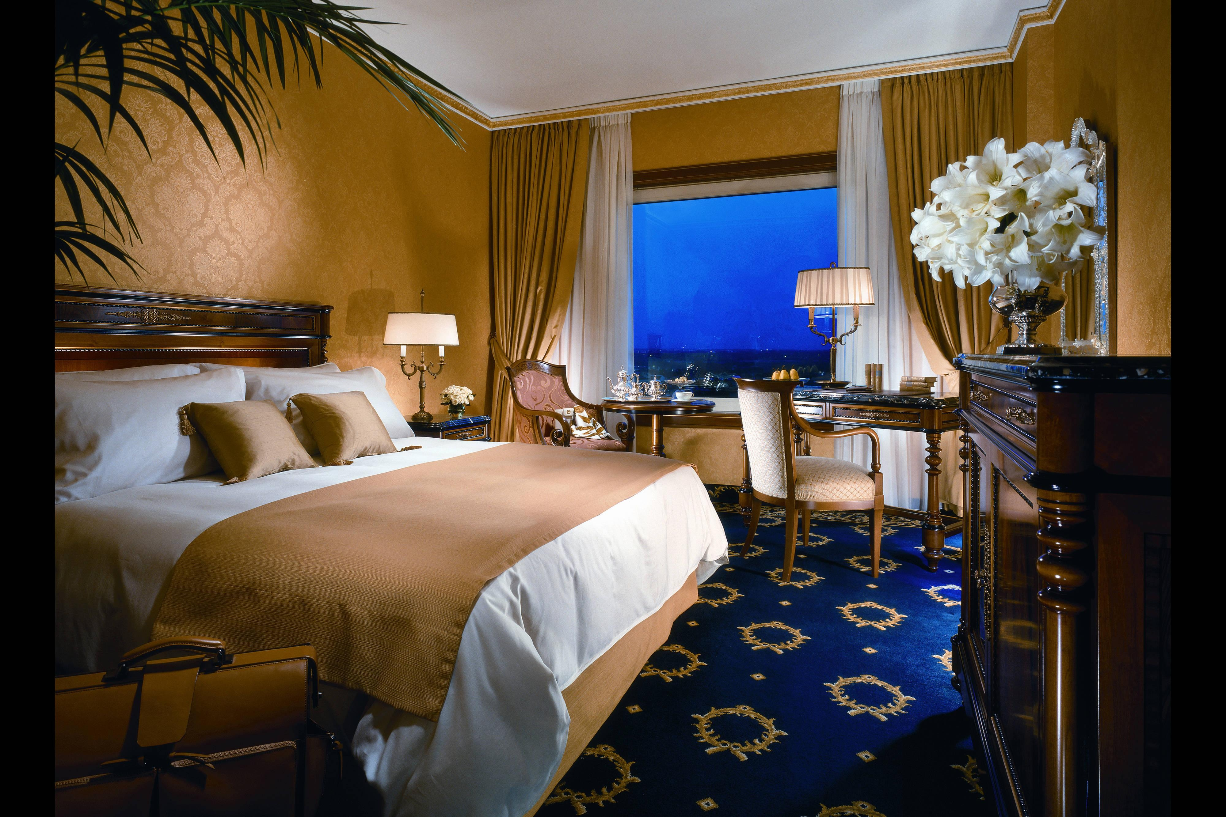 Rome Marriott Hotel Deluxe Rooms