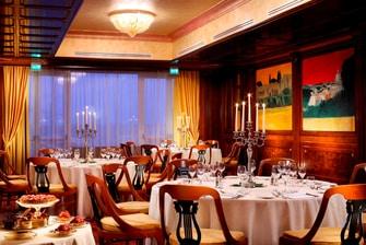Sala privada del bar-restaurante del hotel en Roma