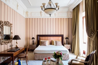Rome guest rooms