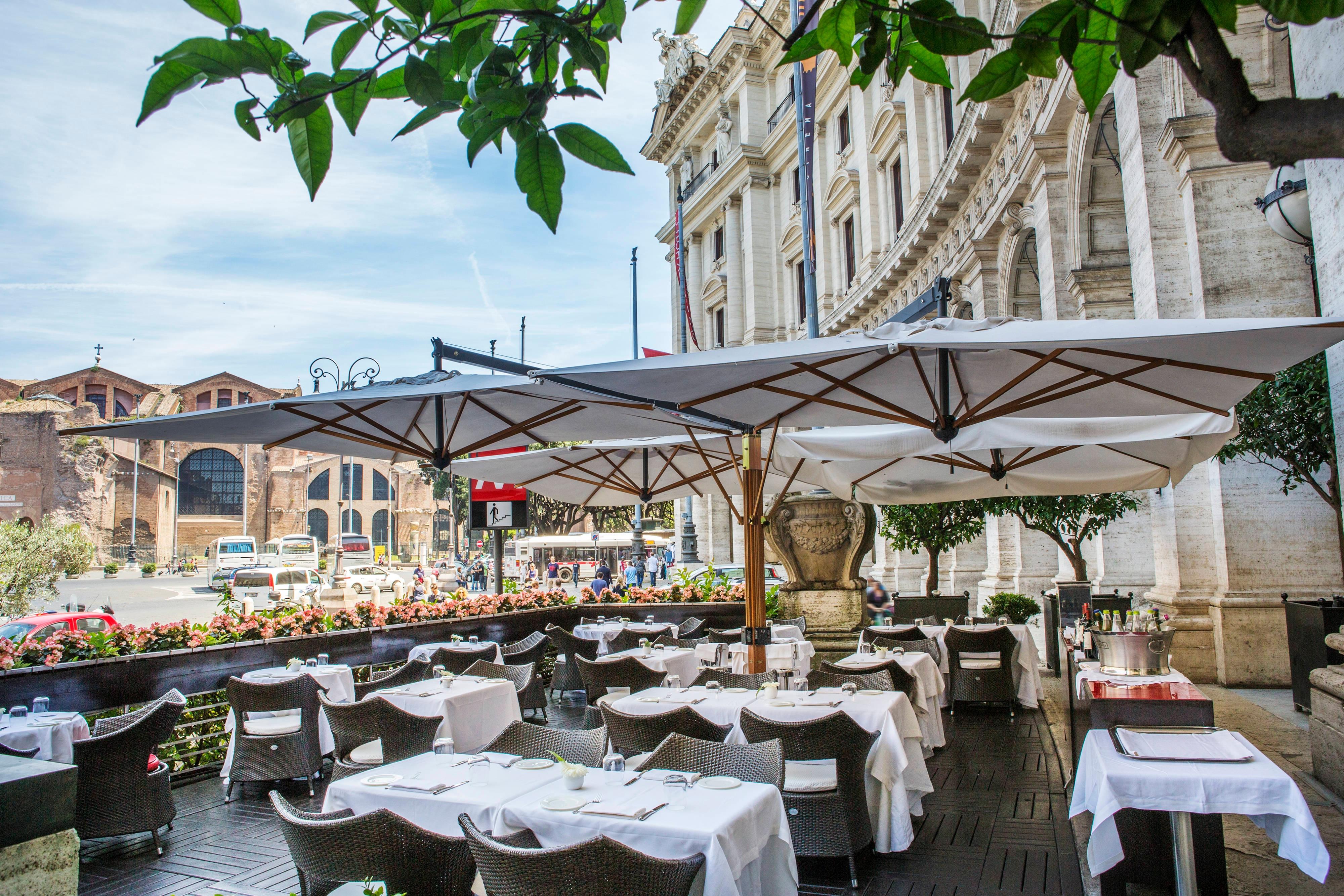 Restaurant avec terrasse à Rome