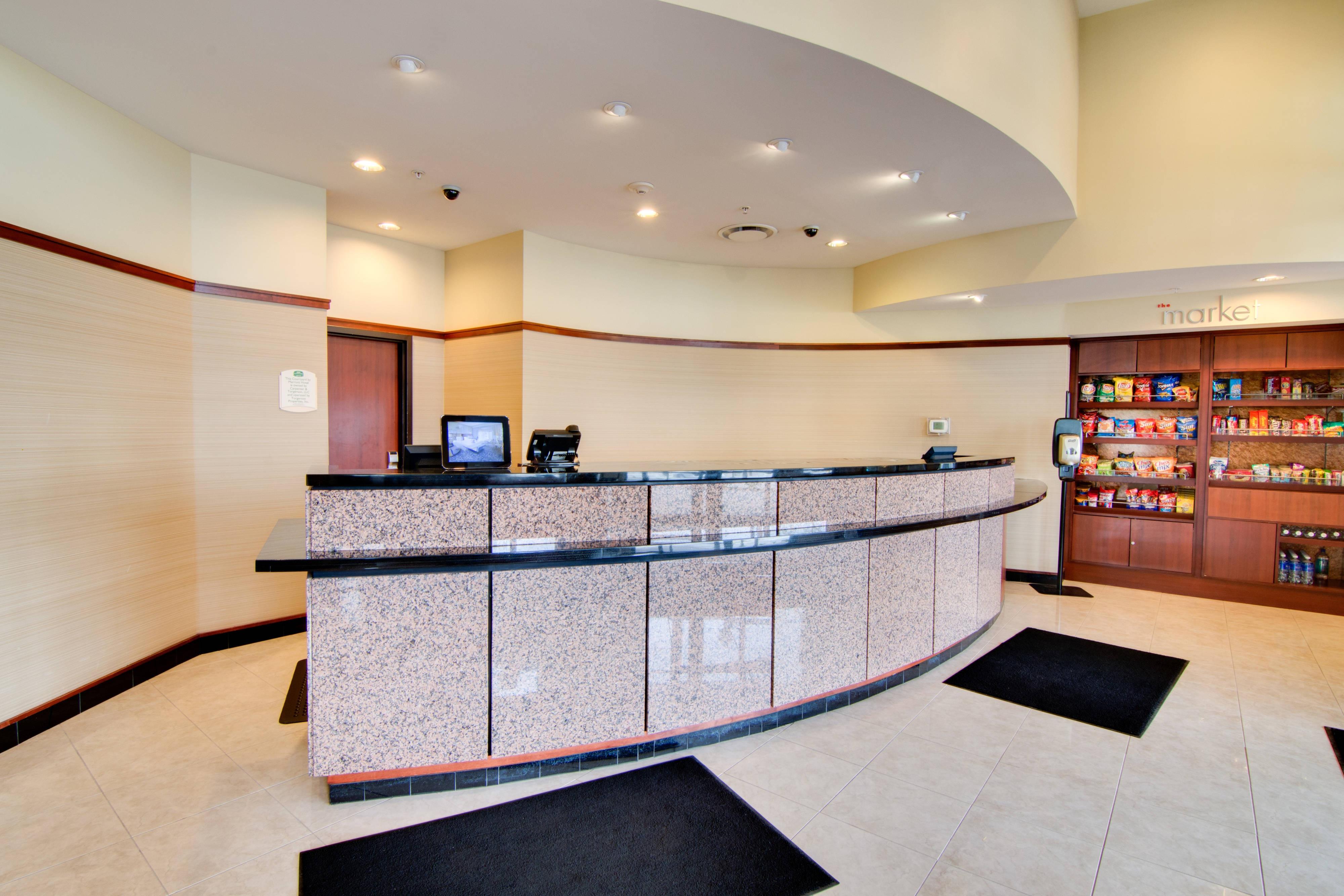 Rochester Minnesota Hotel Front Desk