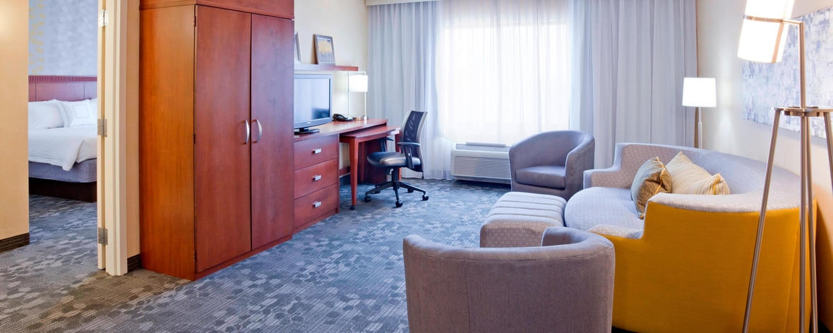 Rochester Minnesota Hotel Suite