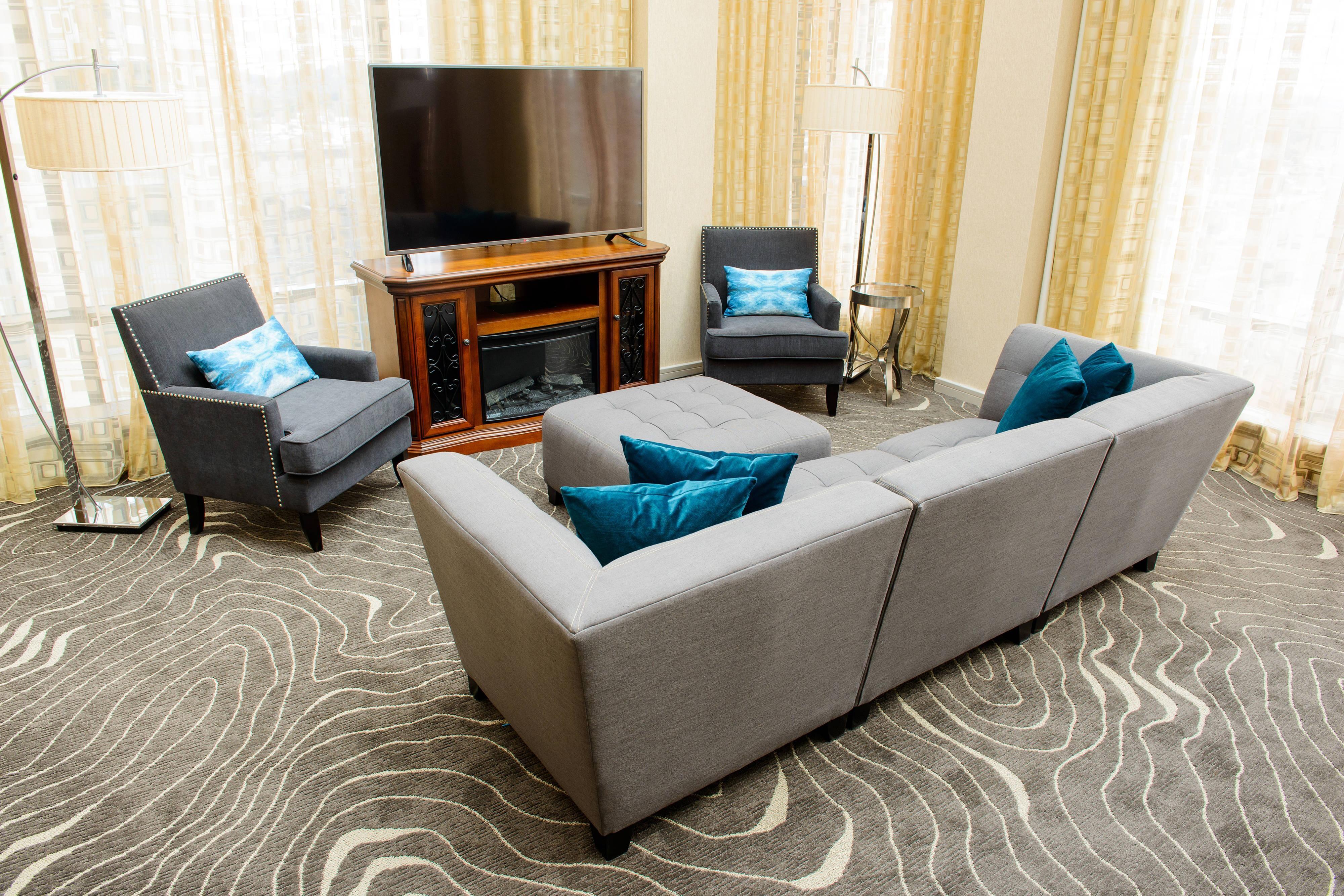 Skyline Suite - Living Area