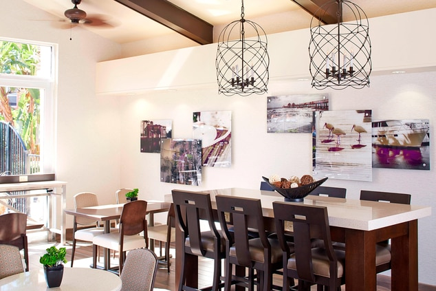 Dining Area – Communal Table