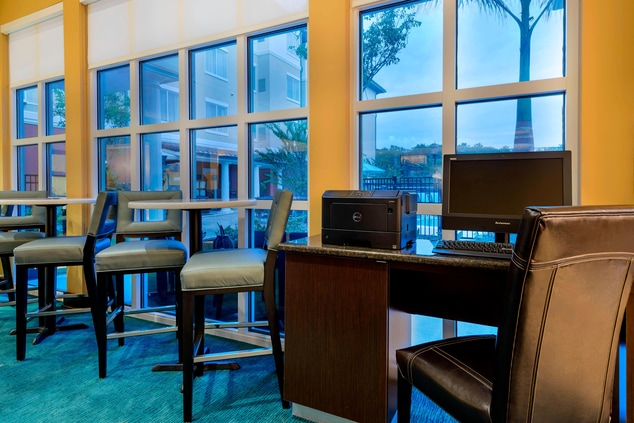 fort myers hotel business center