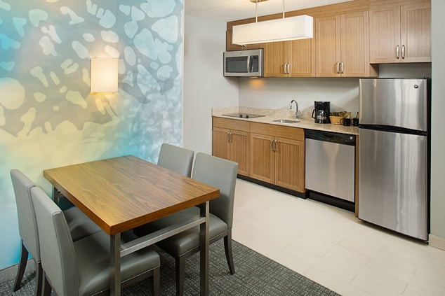 Extended stay hotels Sacramento