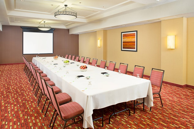 Ivy Meeting Room – Conference Setup