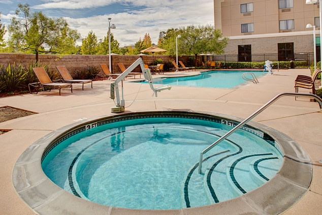 Hotels with whirlpool Sacramento