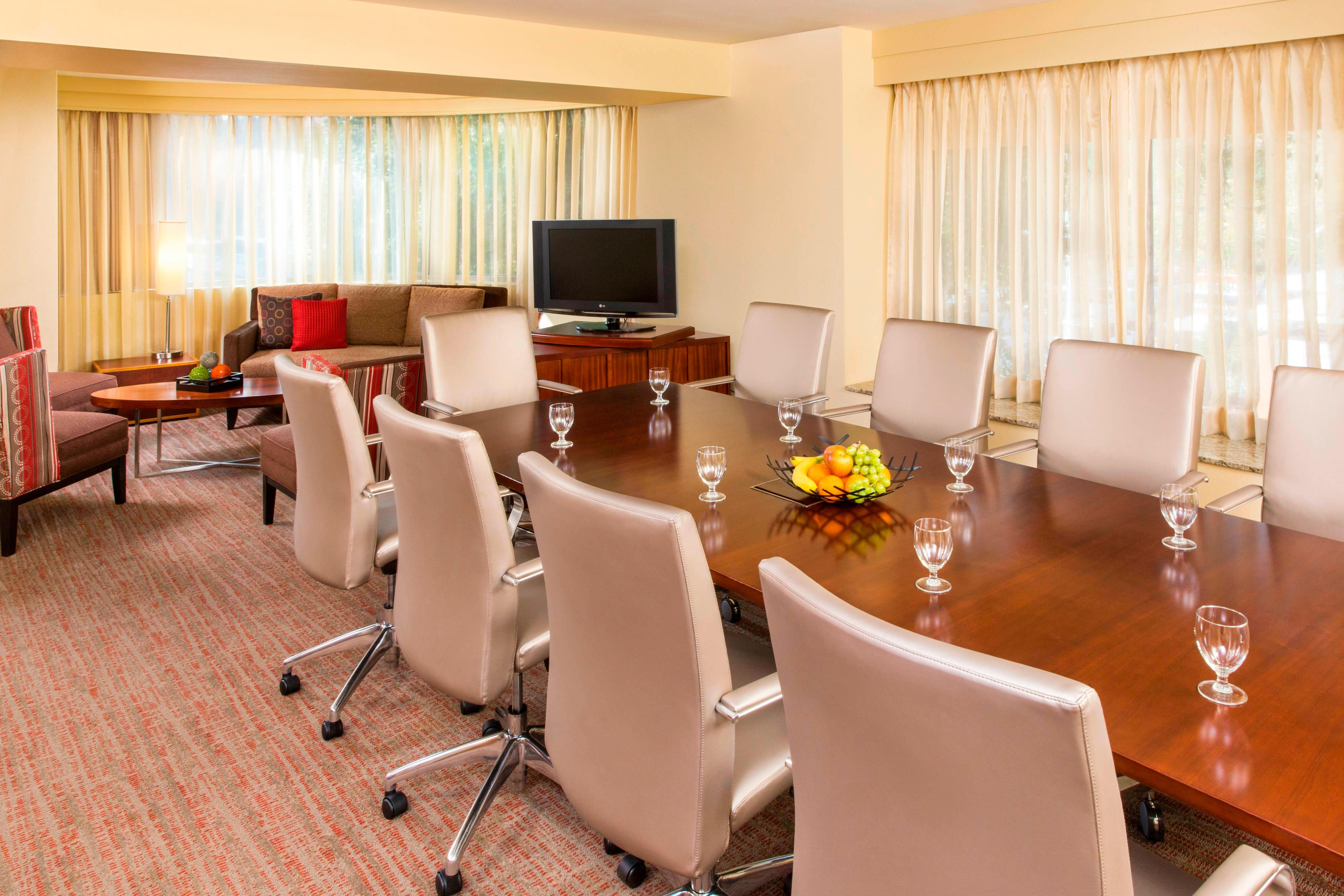 Residence Inn Board Room
