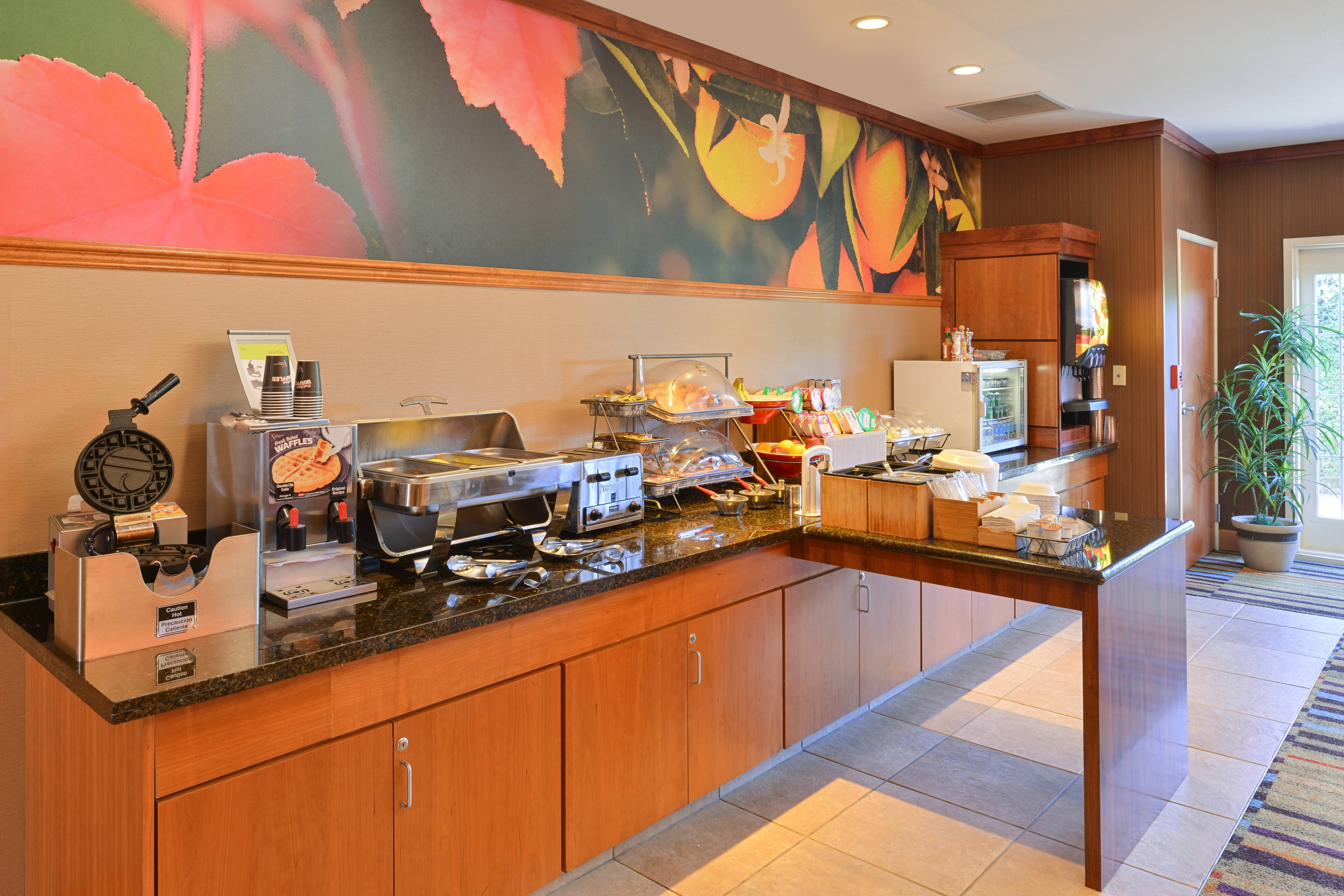 Elk Grove Hotel Breakfast Buffet