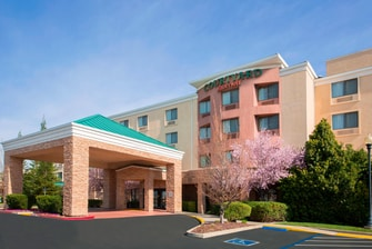 Folsom California Hotel Exterior Entrance