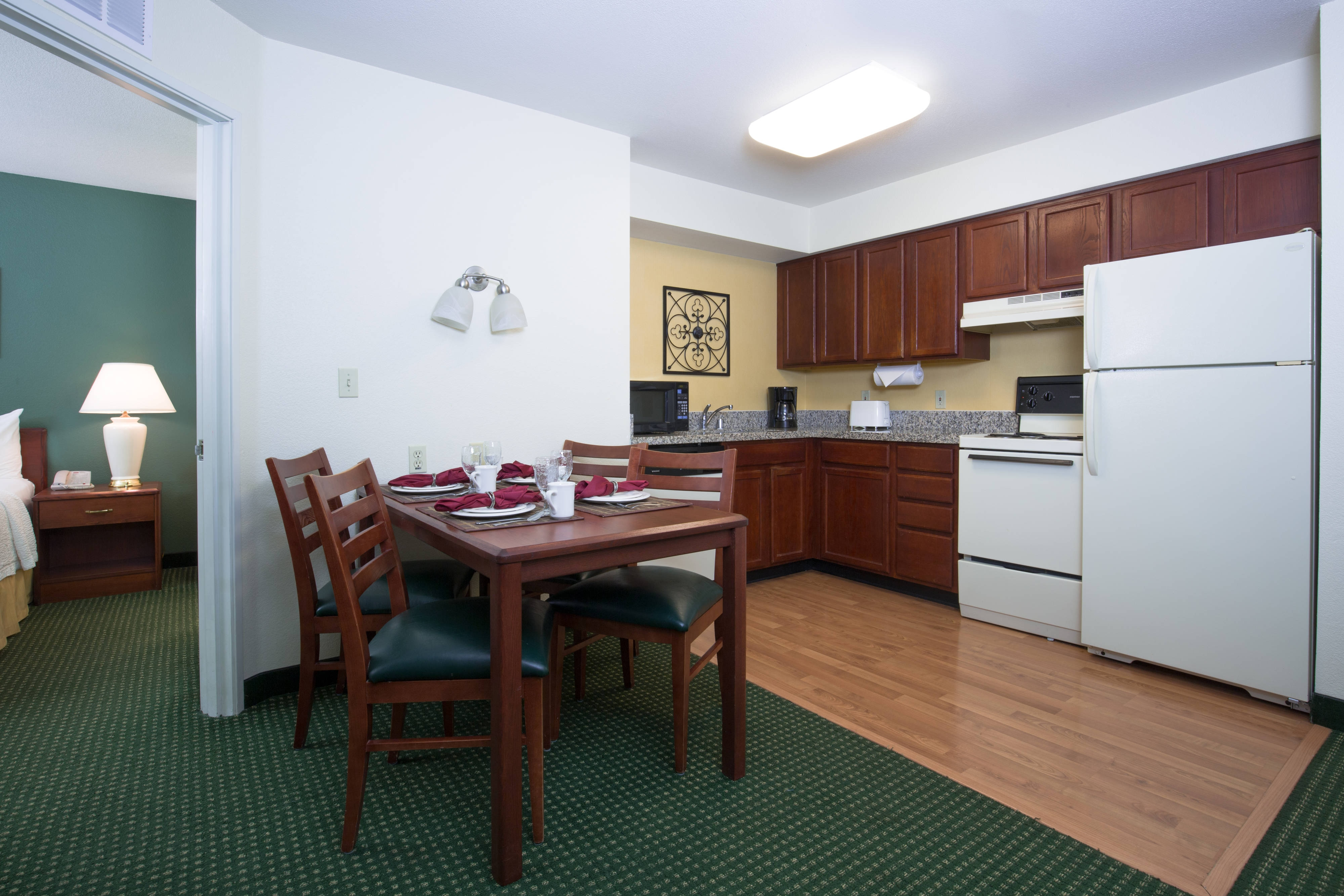 Vacaville California Hotel Two-Bedroom Suite