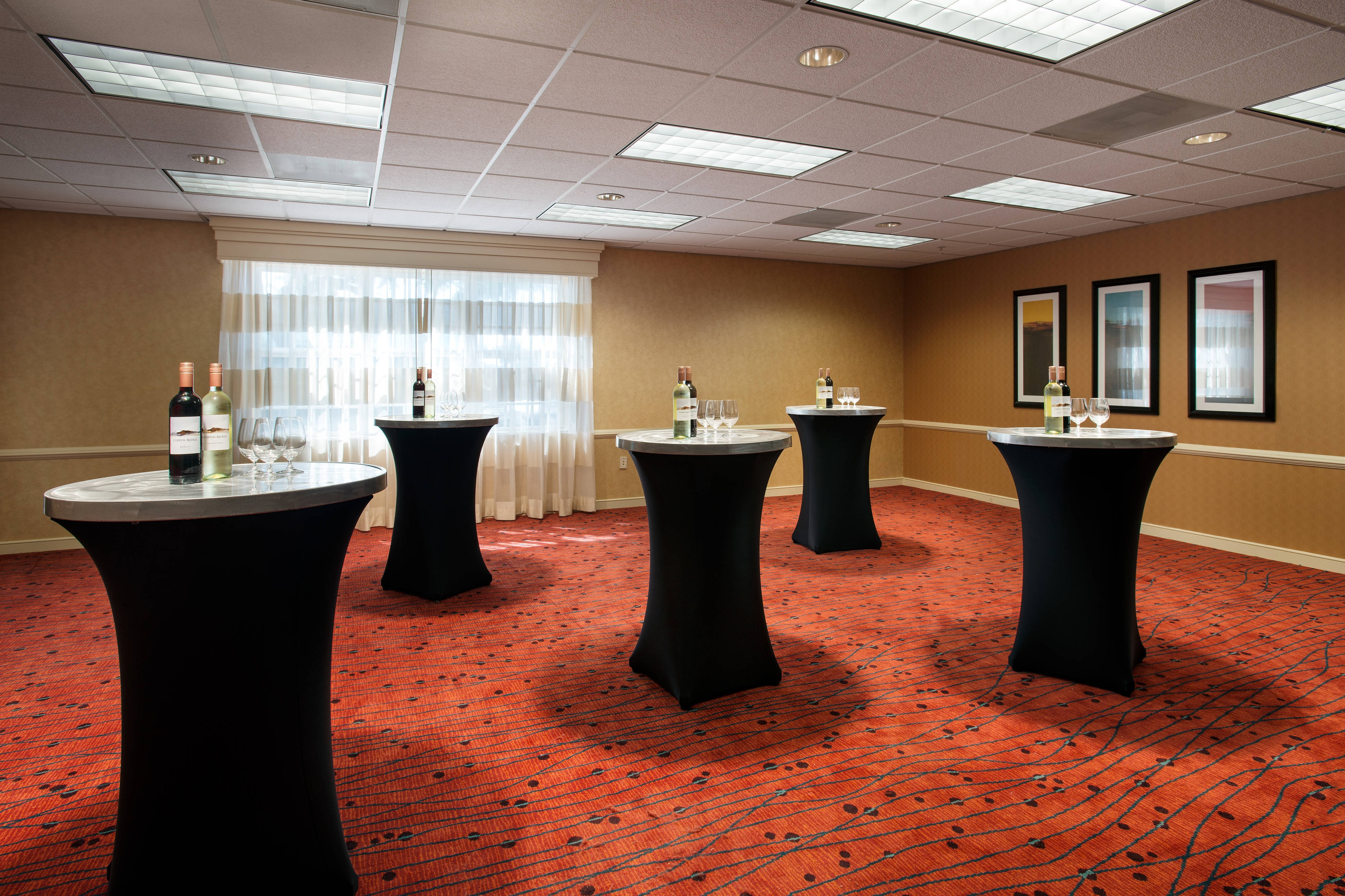Meeting Room – Cocktail Reception