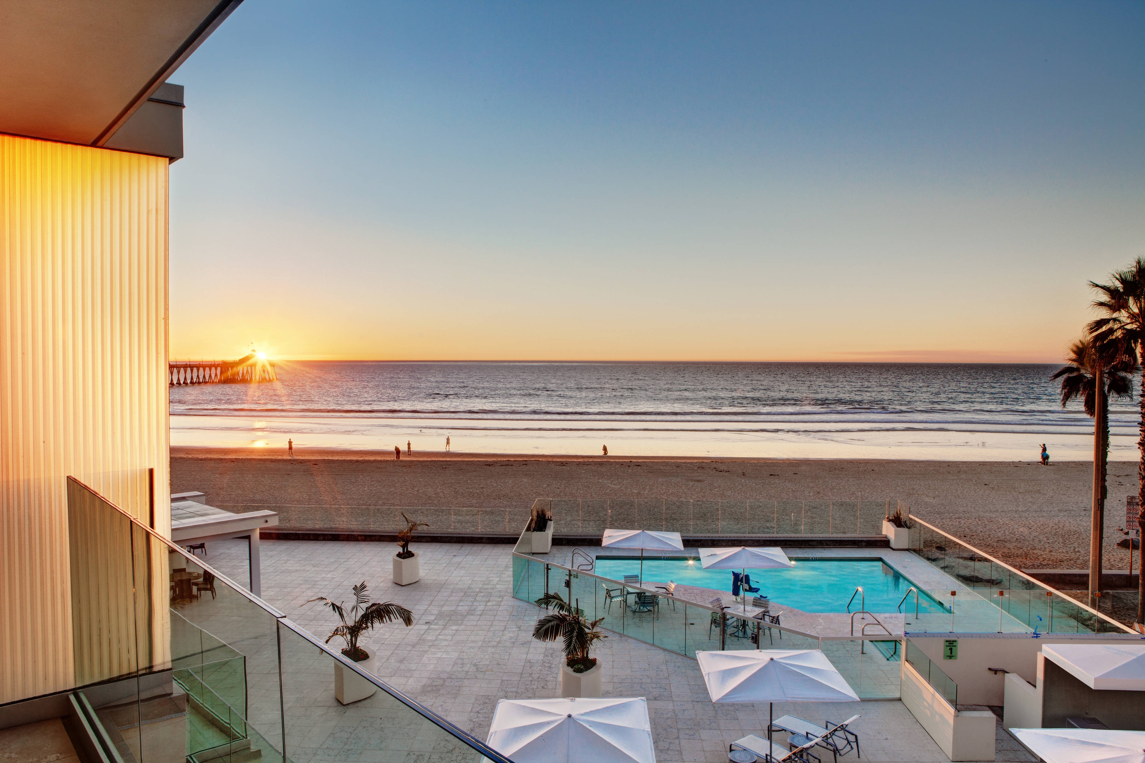 Imperial Beach Suite with Balcony