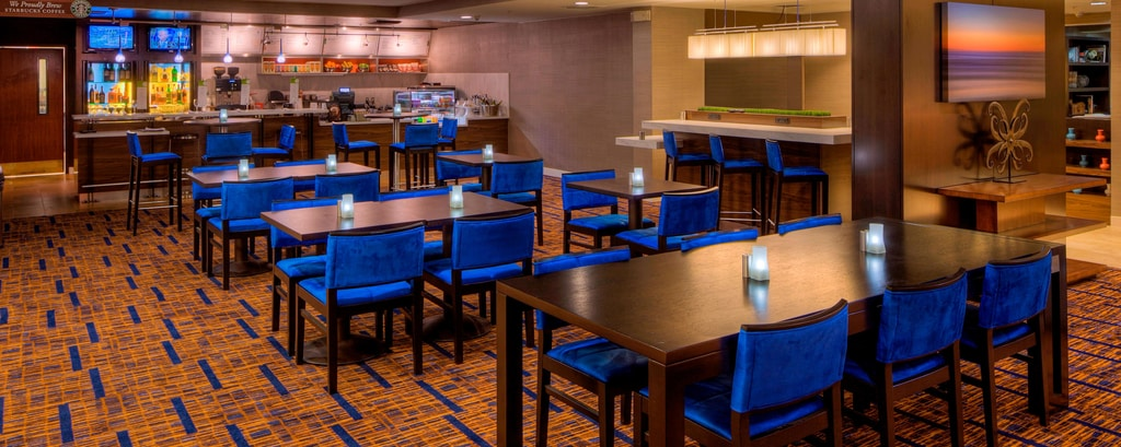 Carlsbad California Restaurants And Lounges Near The
