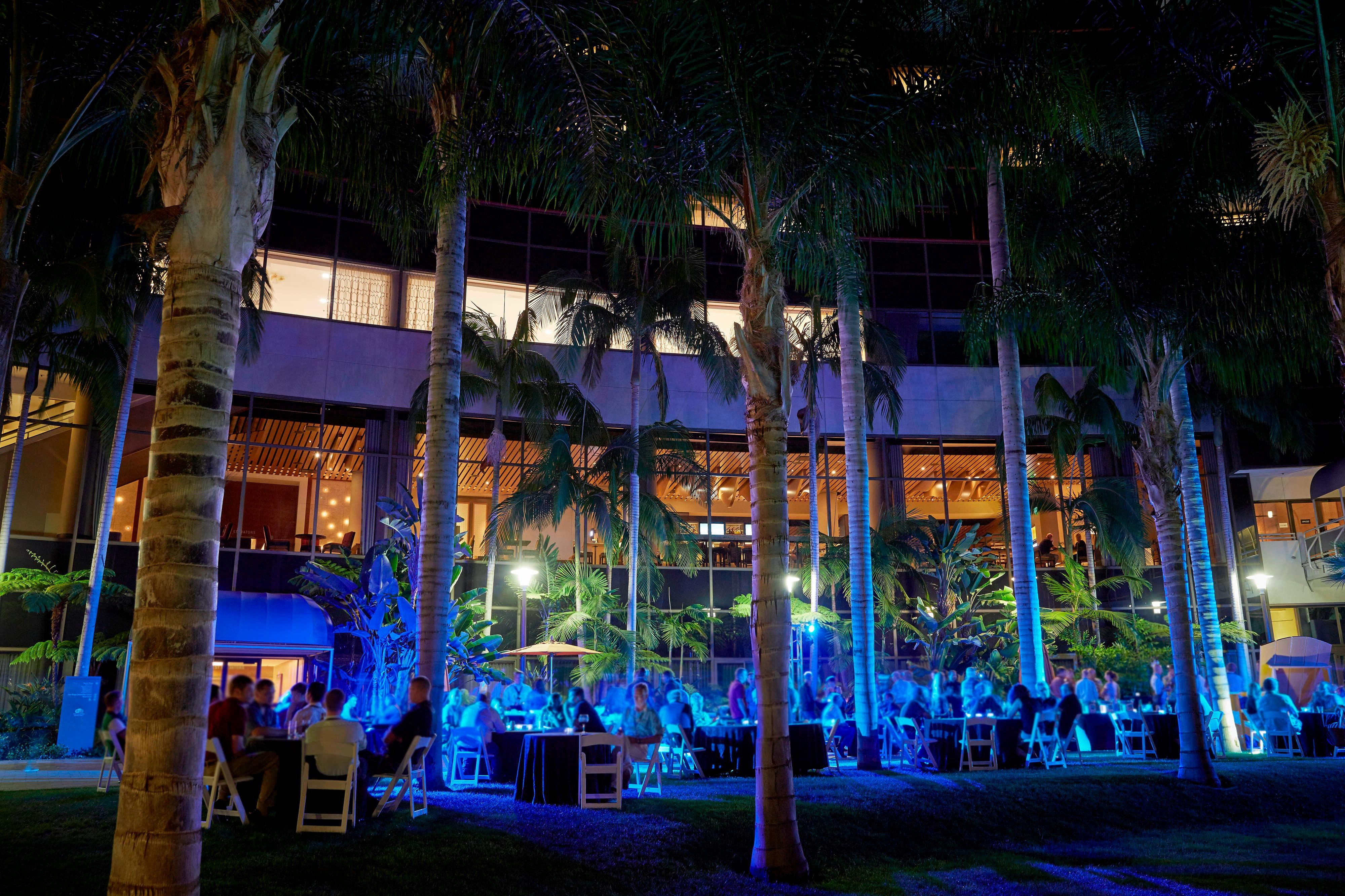 Evening Outdoor Events by the Pool