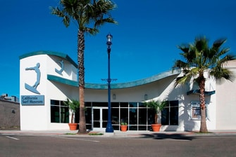 hotels near California surf museum
