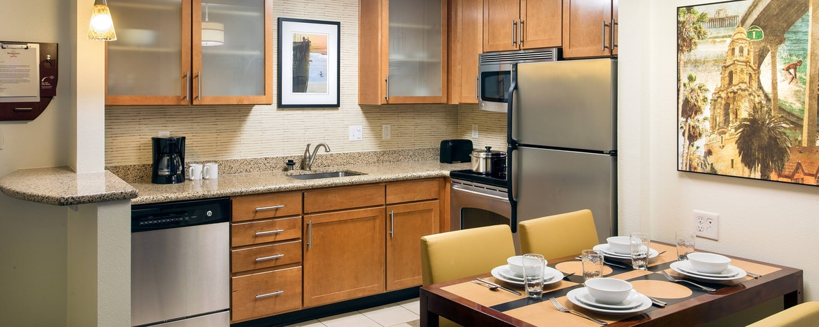 Oceaside San Diego Hotel with Kitchens