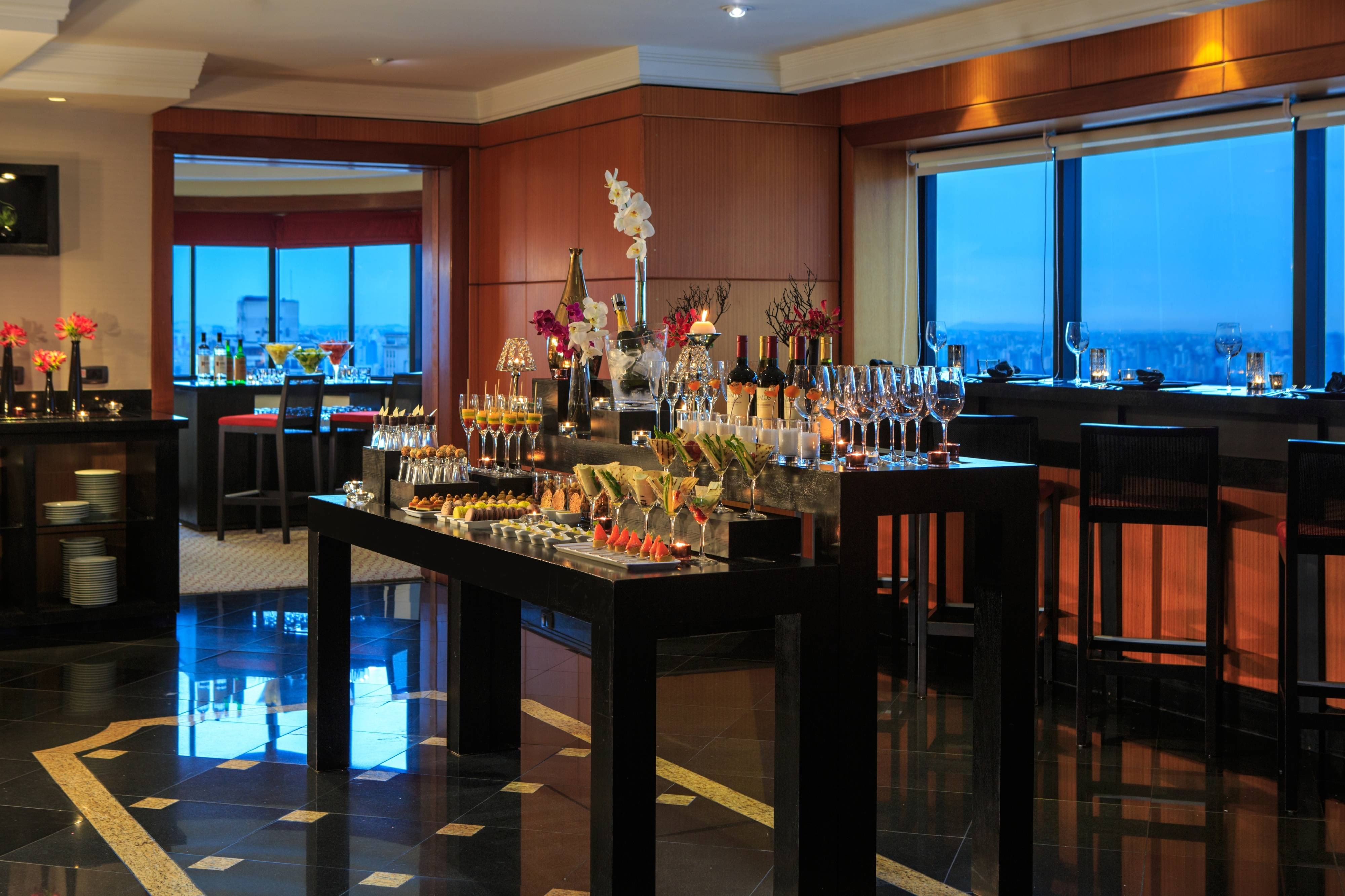Bar del club lounge ejecutivo
