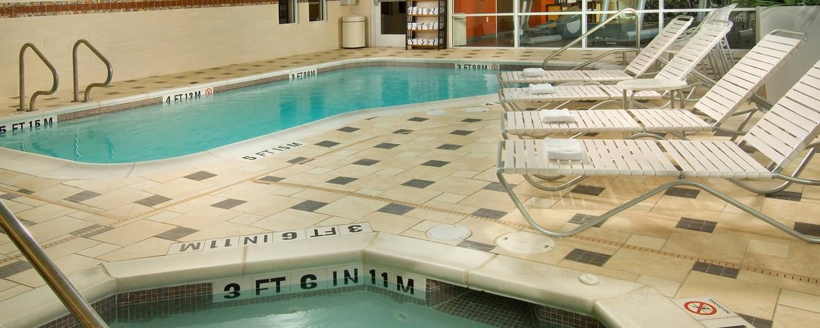 Hotel con piscina en Gruene, TX