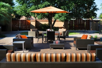 Courtyard San Antonio Airport Outdoor Patio