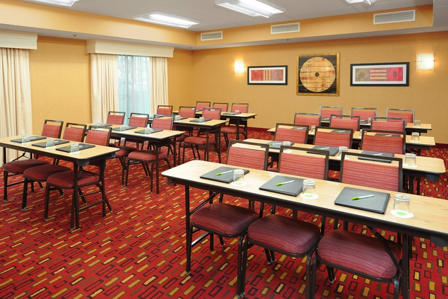 Courtyard Business hotels meetings & events