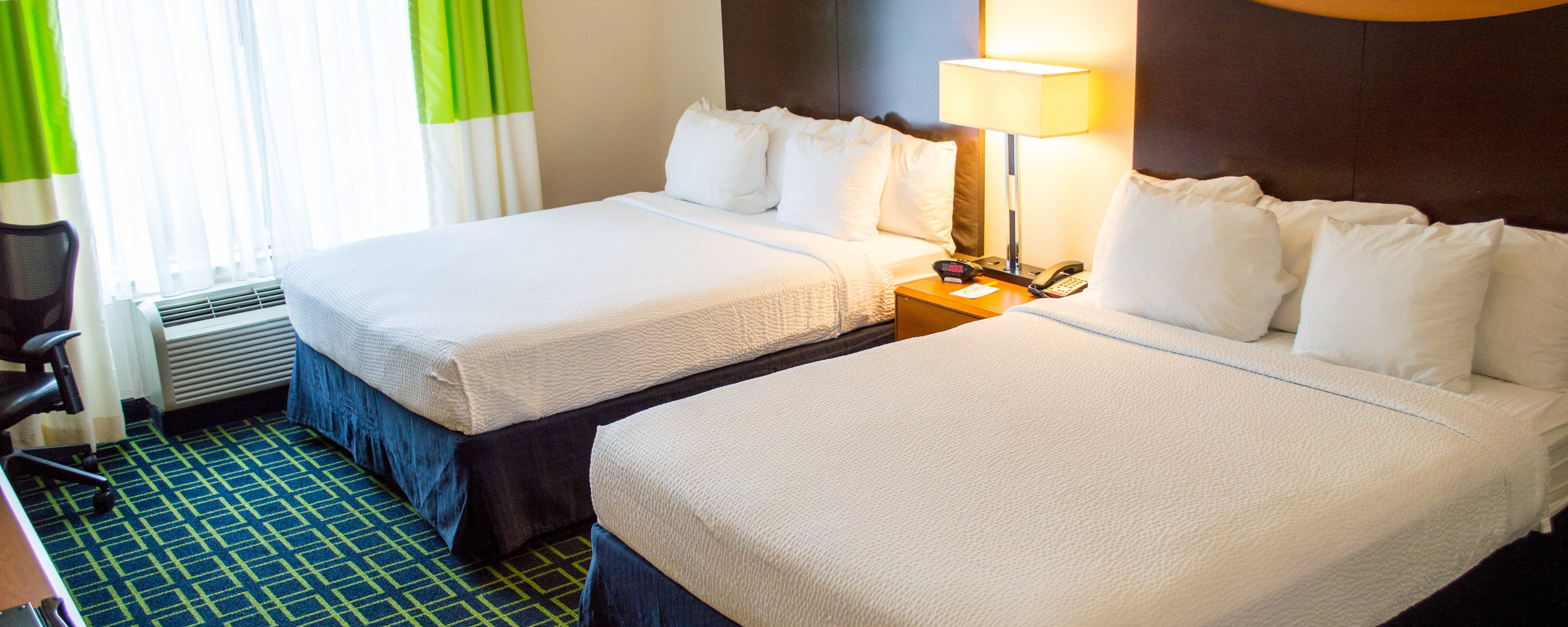 Farifield Inn And Suites North Close To Fiesta Texas Sea World And