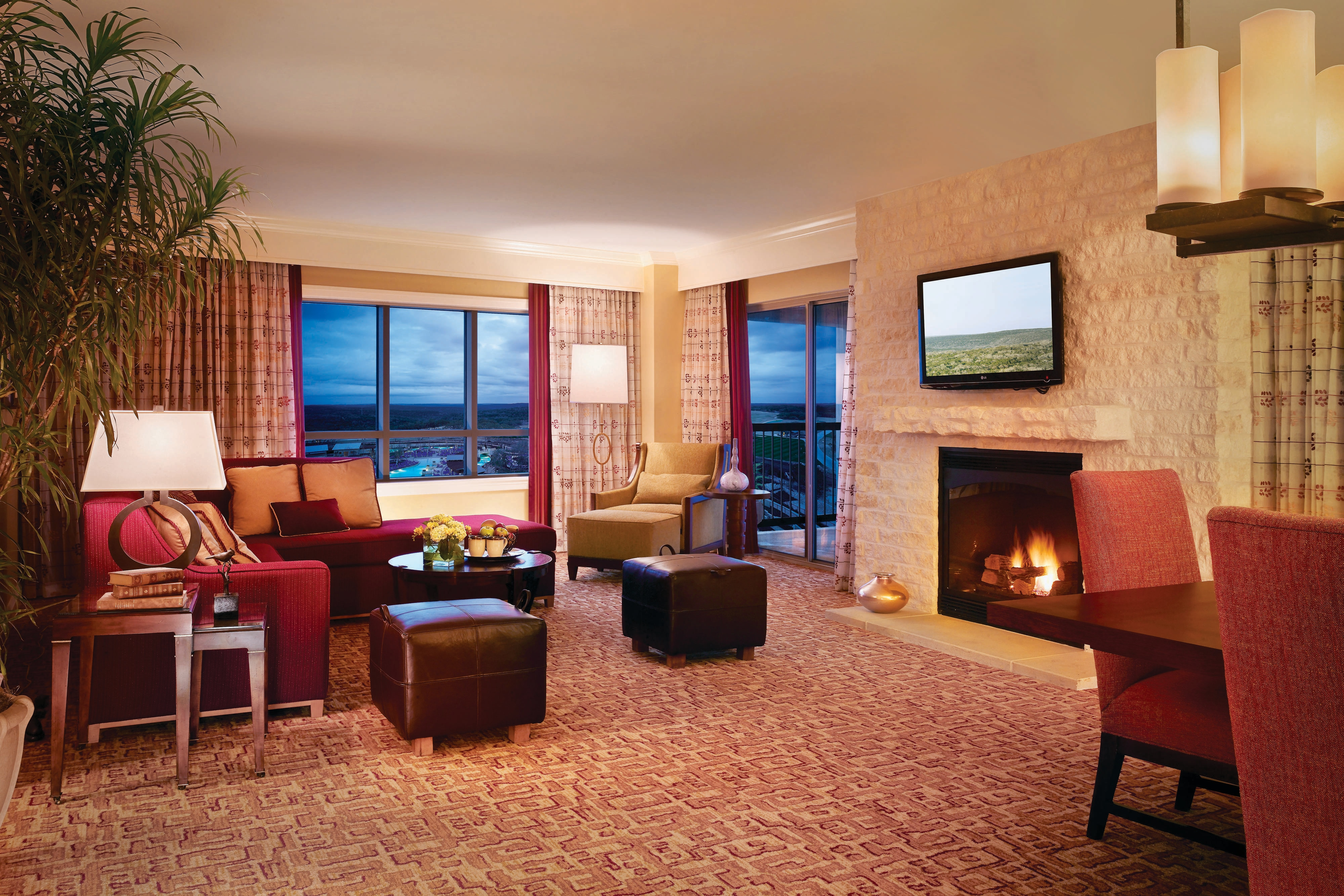 Hotel Suite Accommodations Jw Marriott San Antonio Hill