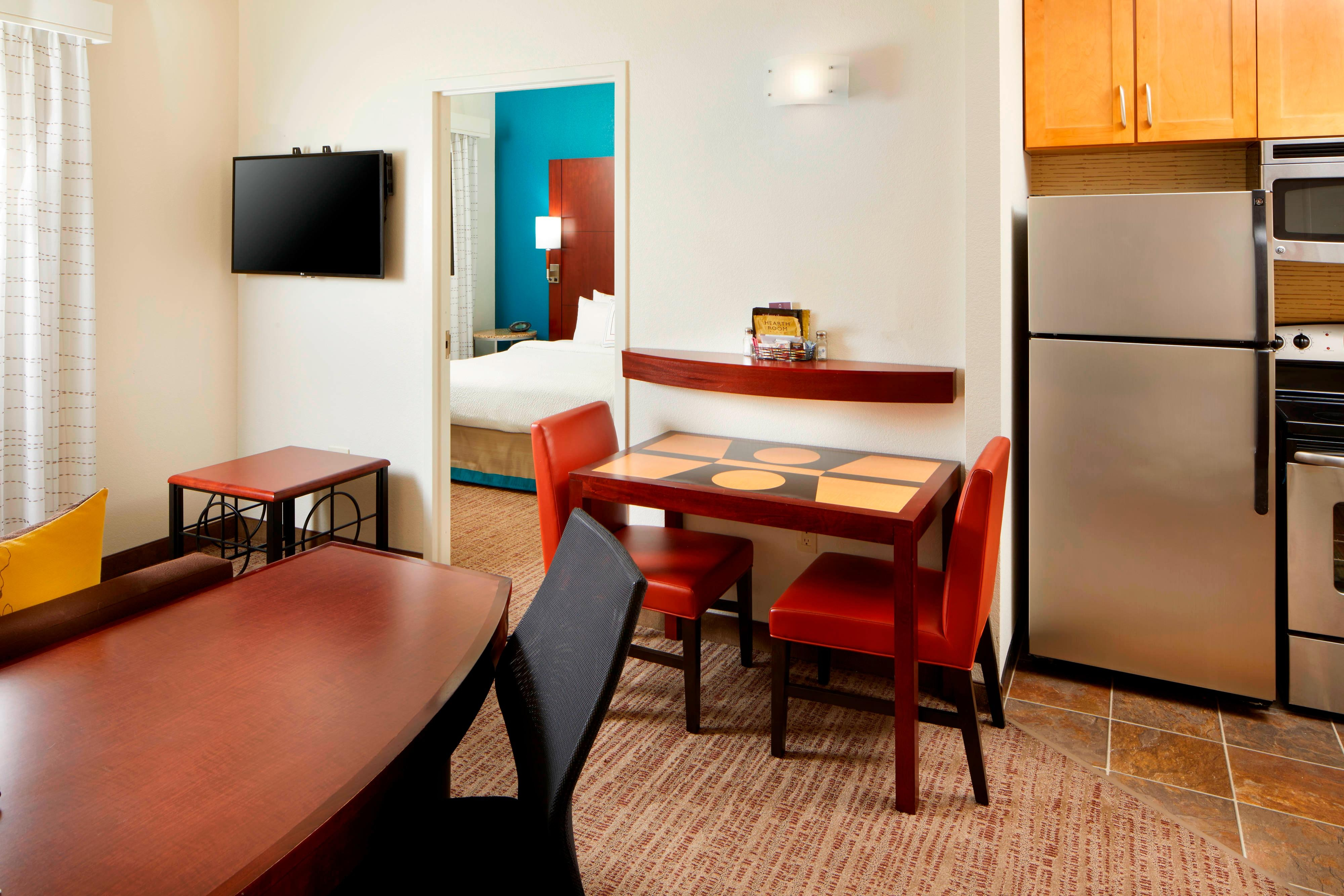 San antonio hotel near six flags residence inn by marriott hotel for 2 bedroom hotels in san antonio