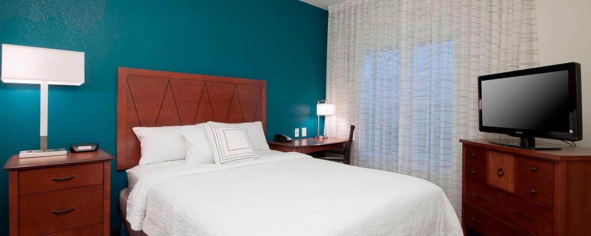San Antonio Hotel Suite Bedroom