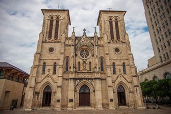 Hoteles cerca de la Catedral de San Fernando