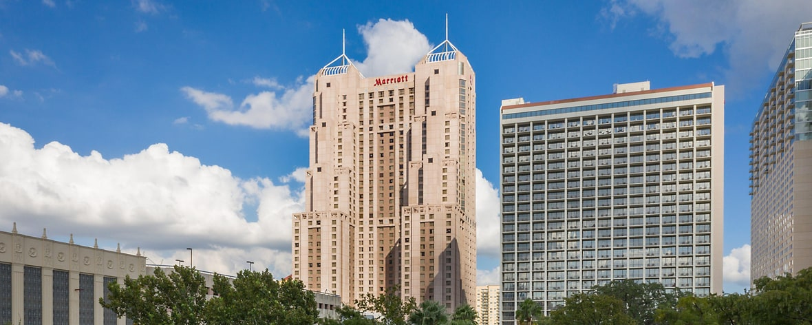 Aaa San Antonio >> Hotel Near River Walk in San Antonio, TX | San Antonio ...