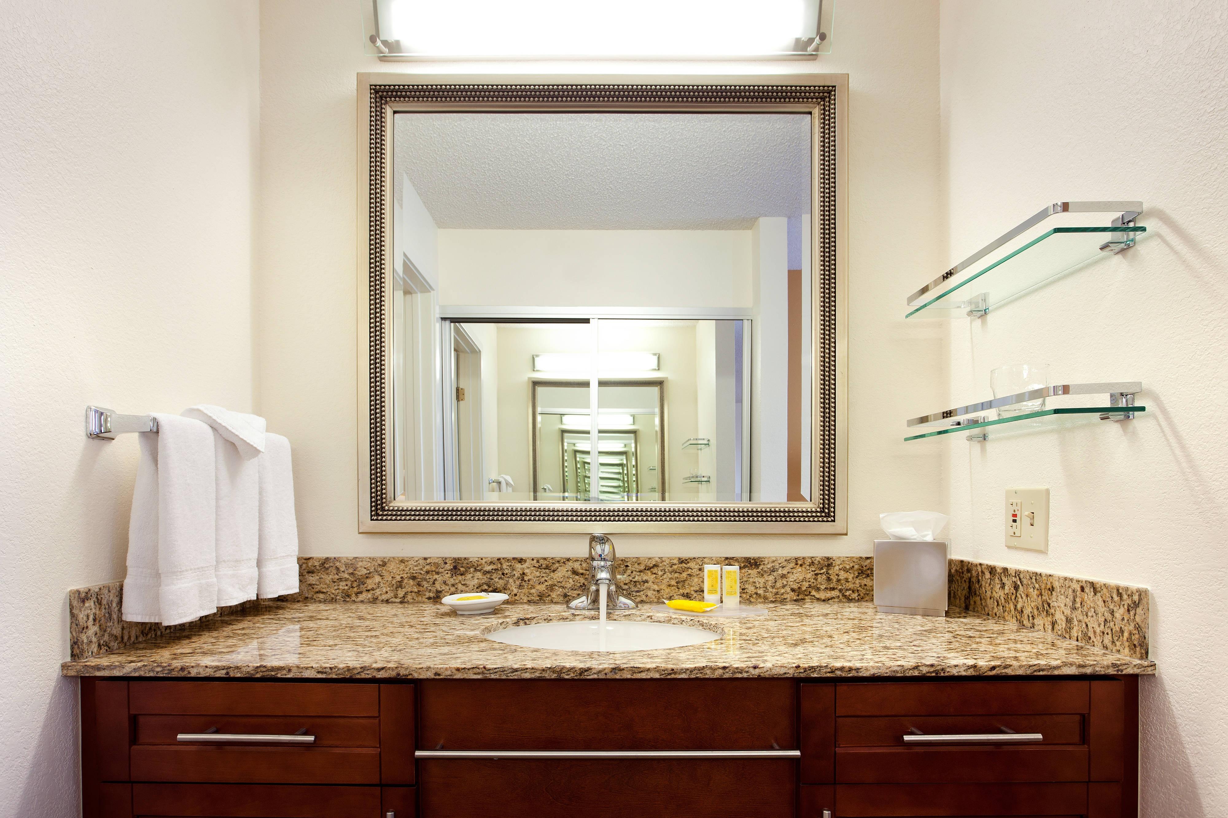 Baño de la suite del hotel en San Antonio