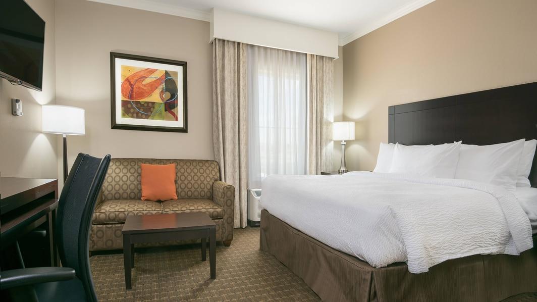 Seguin Hotel Suites