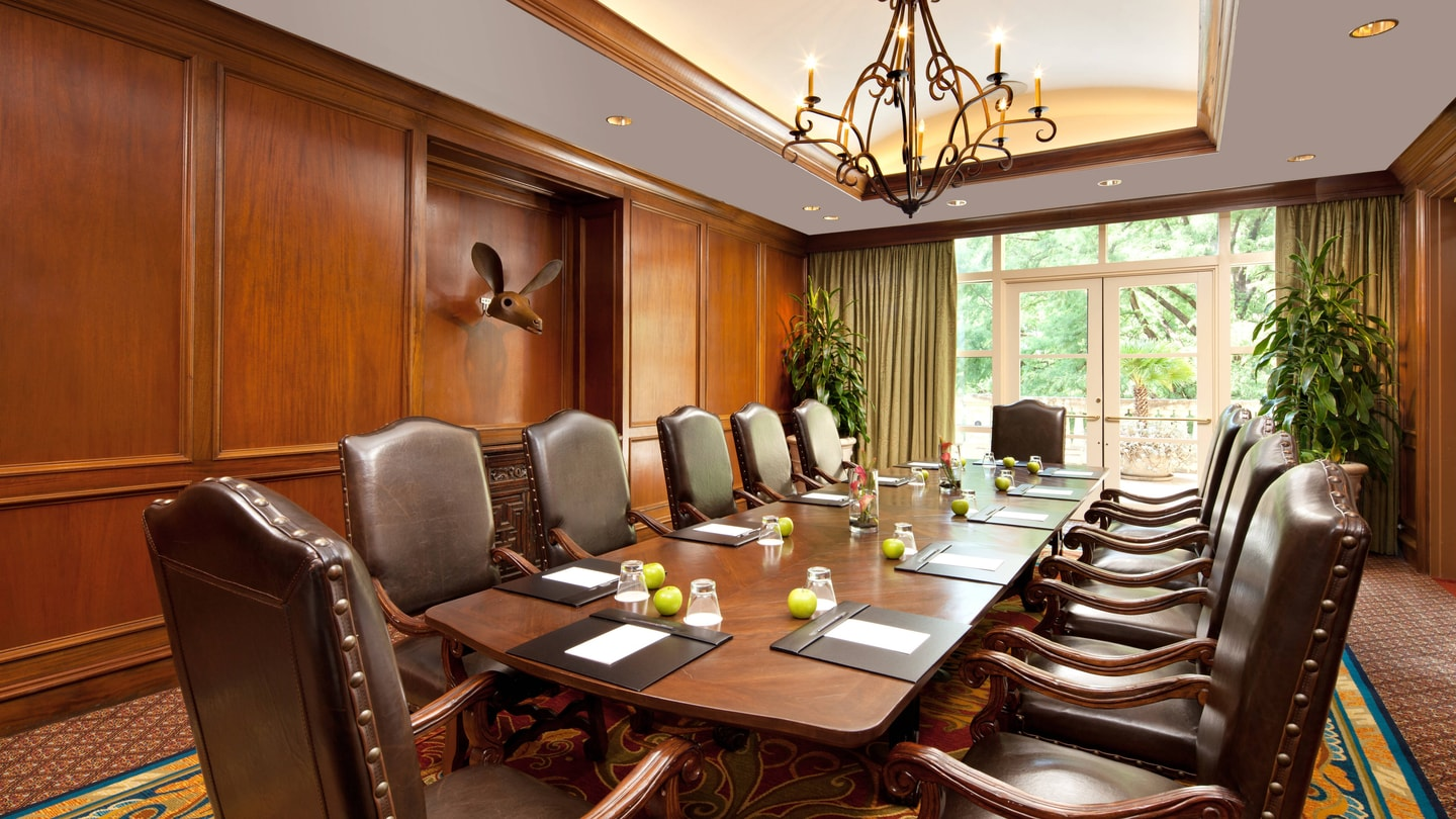 La Babia Executive Boardroom