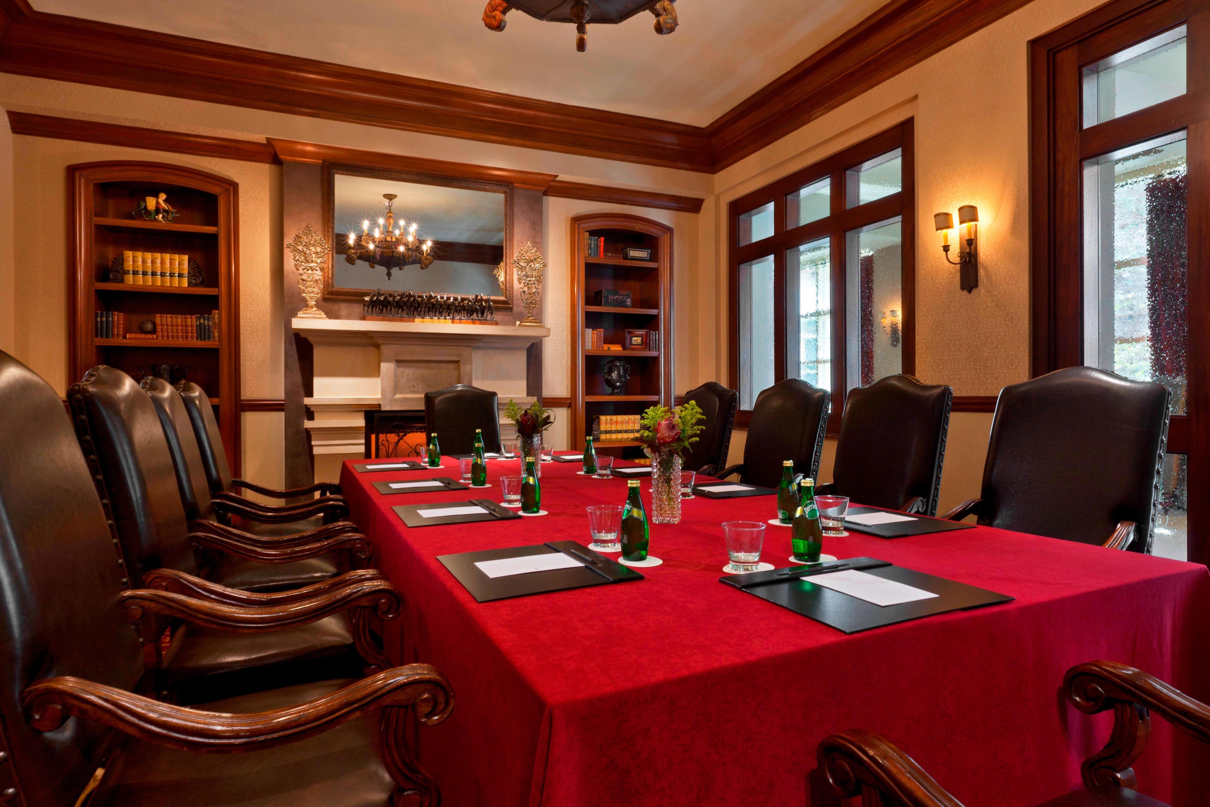 El Rincon - Boardroom setup