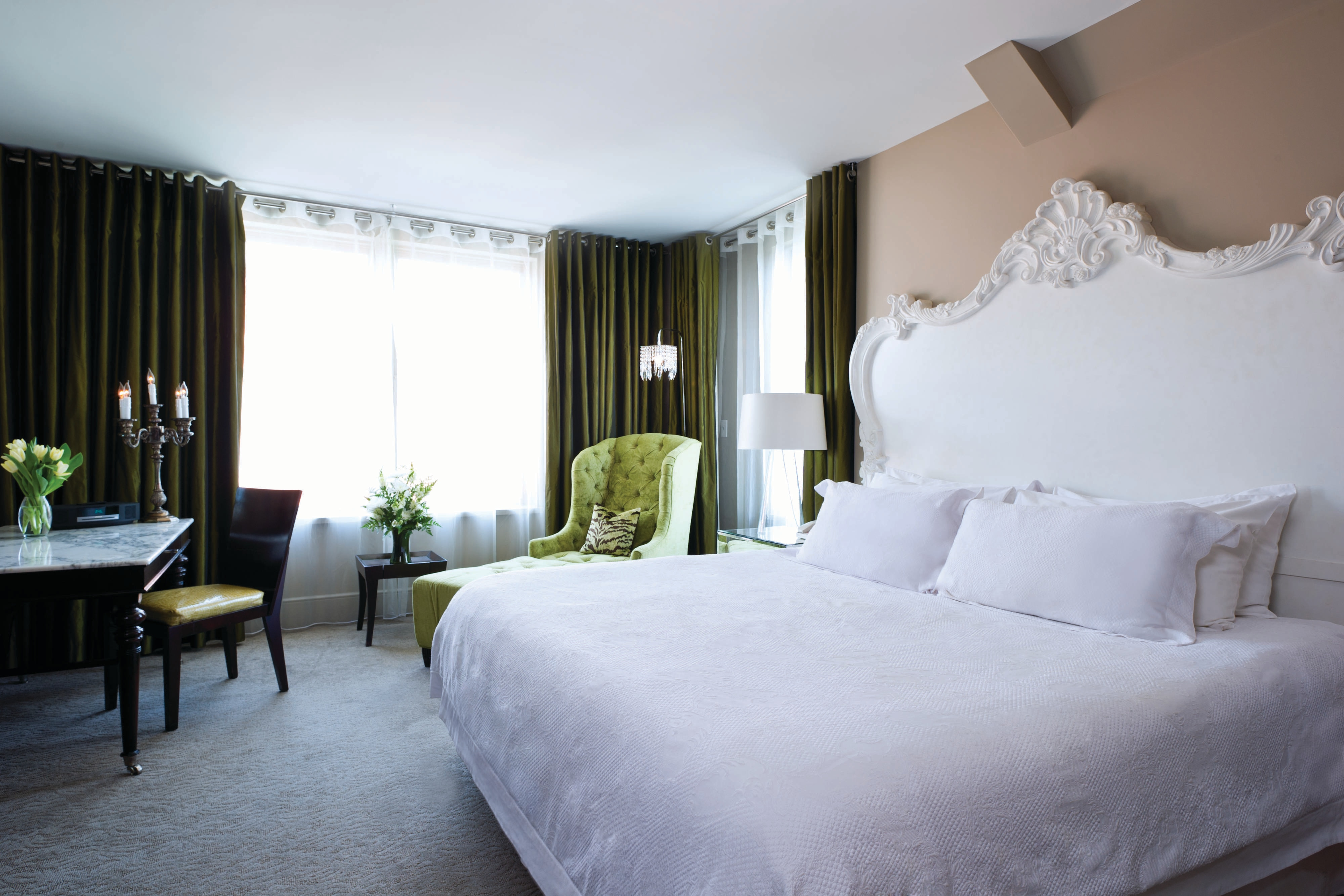 King Deluxe Foryth Guest Room