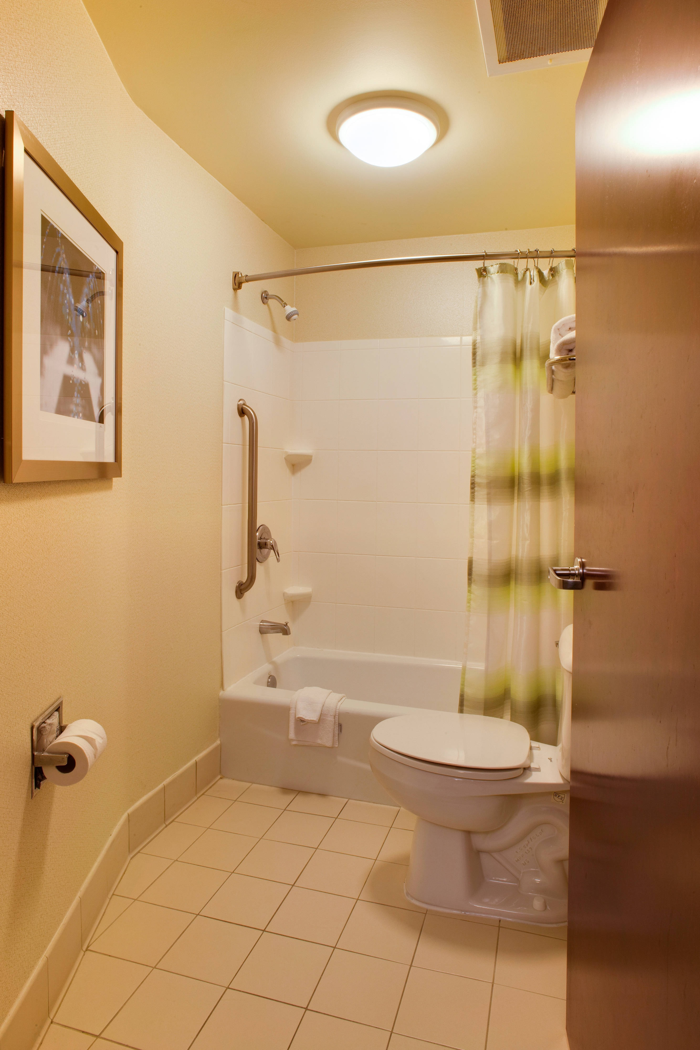 bathroom, Suite