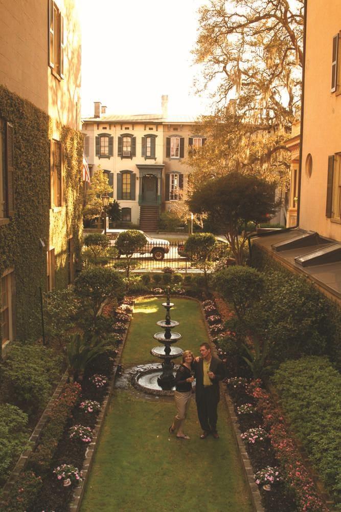 Secret Gardens – Savannah SpringHill Suites