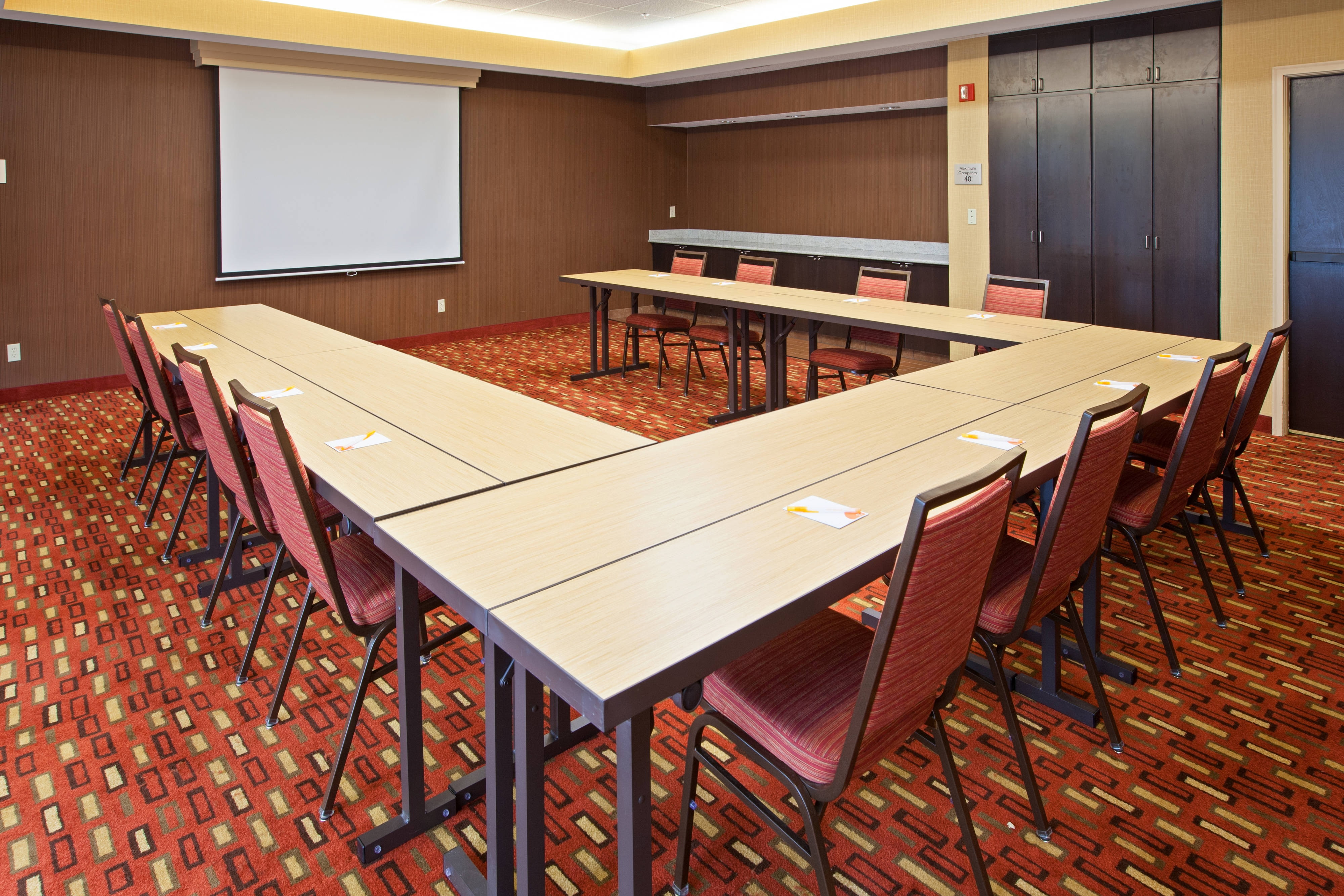 Mishawaka Meeting Room