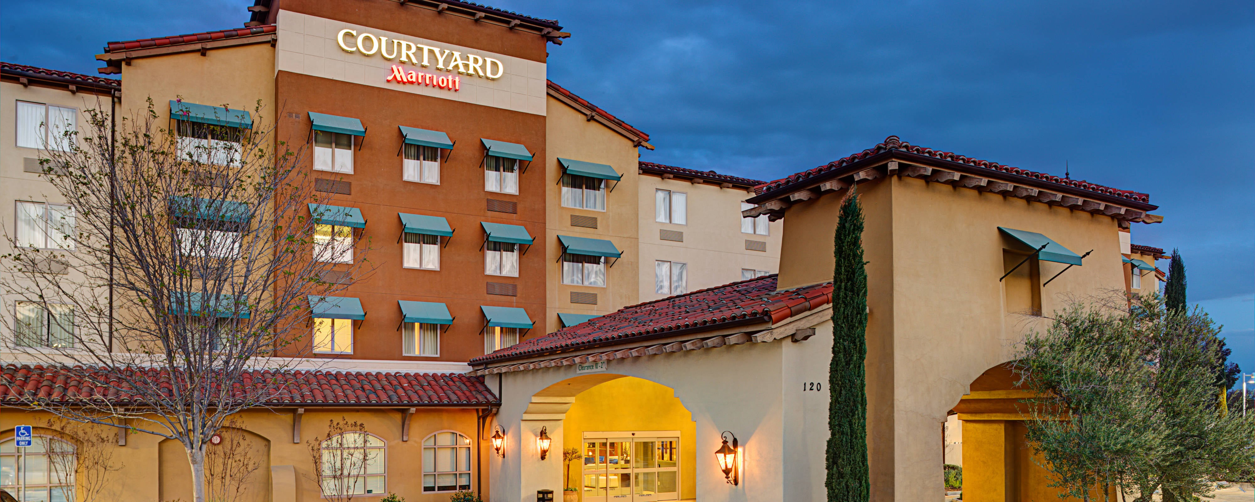 courtyard paso robles a new hotel in paso robles california. Black Bedroom Furniture Sets. Home Design Ideas