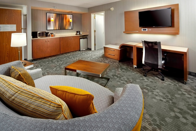 King Suite, King Bed