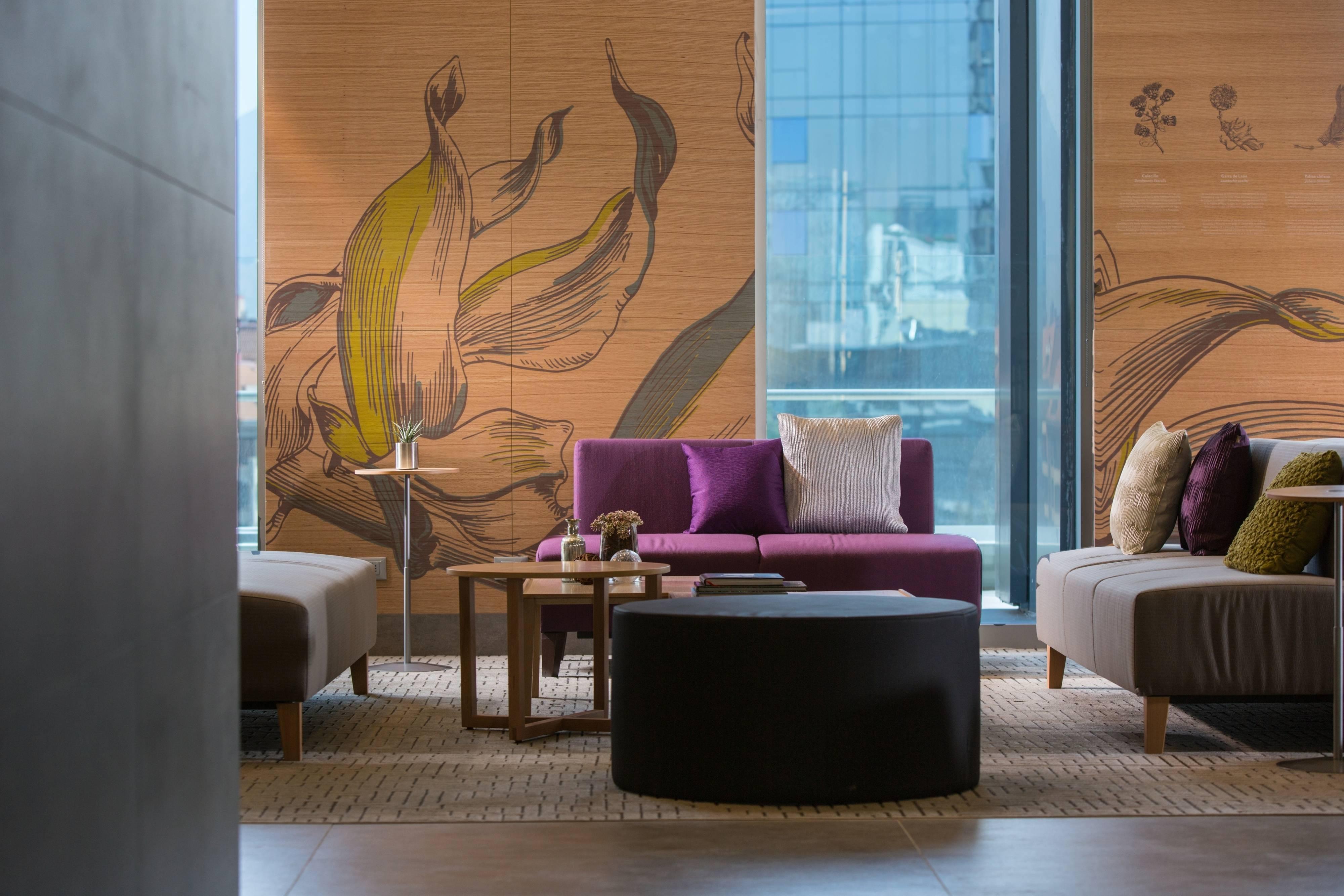 Lobby del hotel Santiago Las Condes