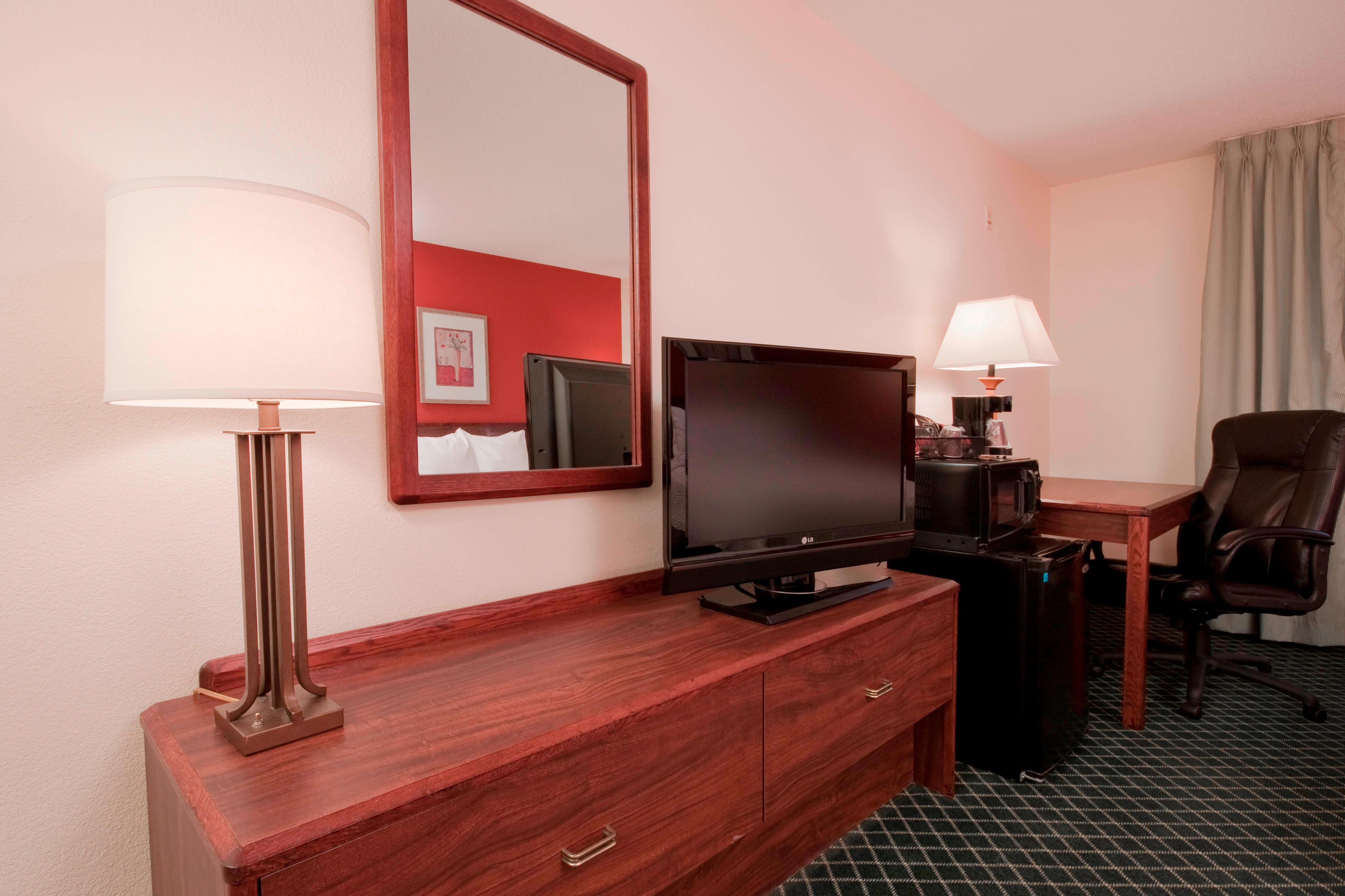 Scranton Pennsylvania Hotel King Amenities