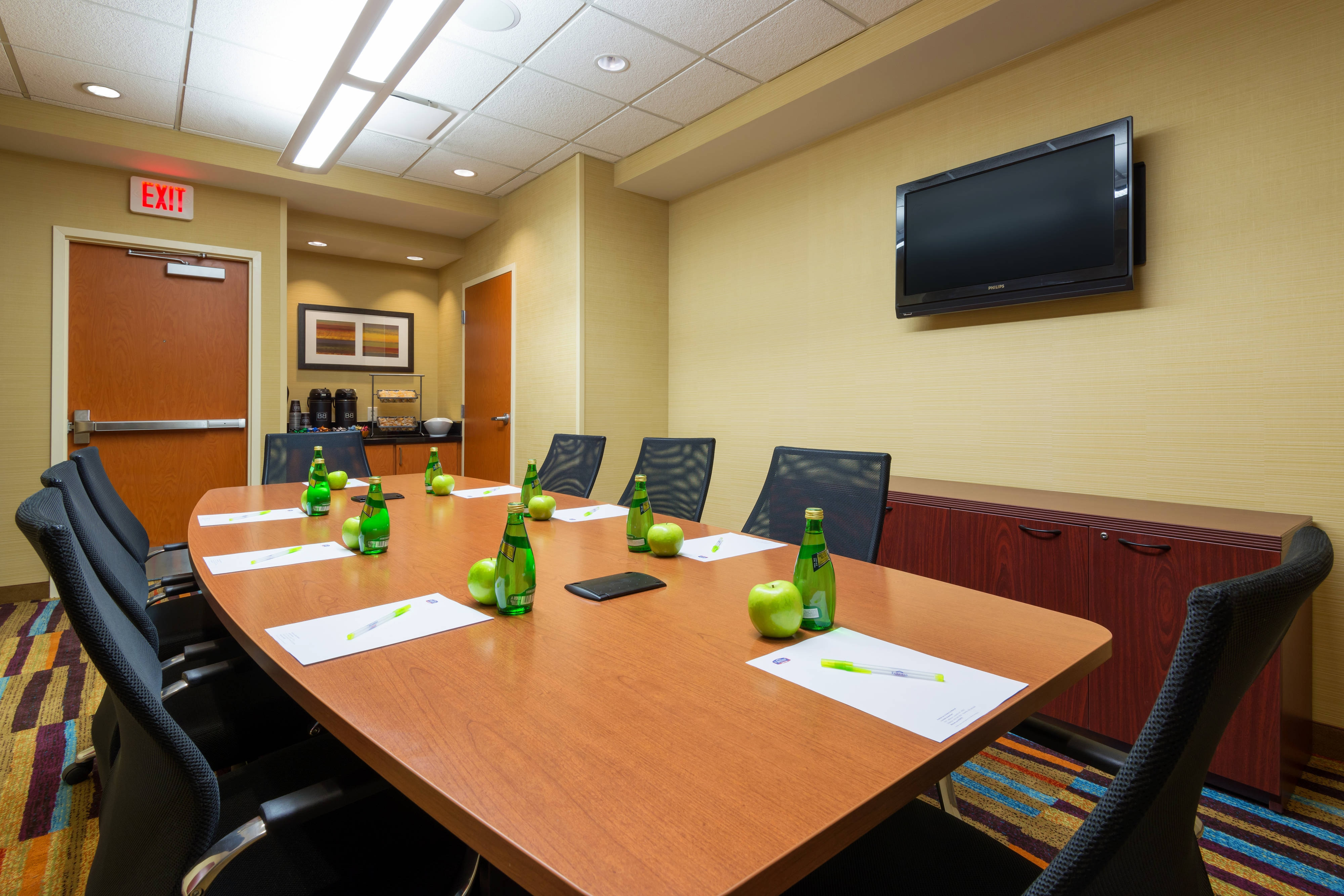 Downtown Louisville Hotel Meeting Room
