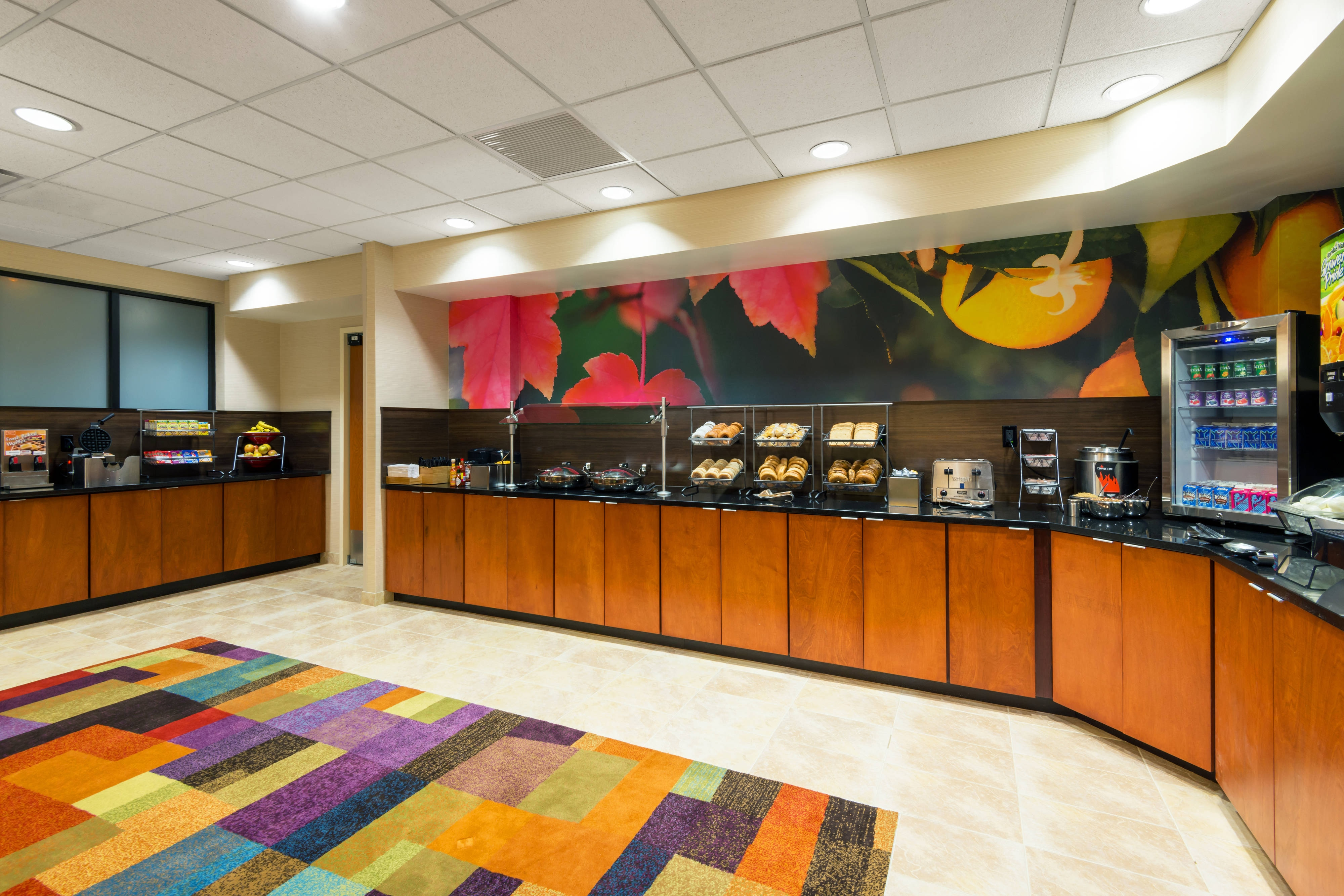 Downtown Louisville Hotel with Breakfast